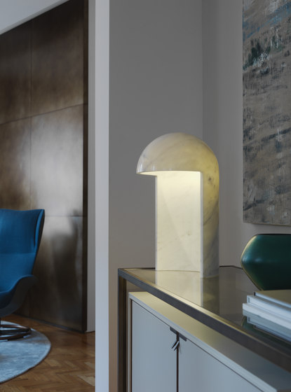 Milano 2015 Table lamp by FontanaArte