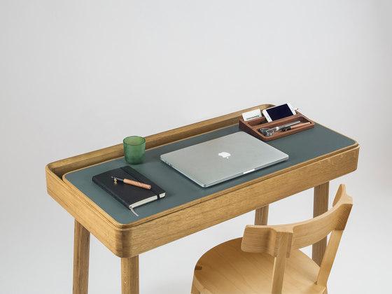 Avio table by Internoitaliano