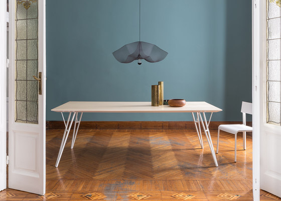 Eiffel-Y | rectangular table de Skitsch by Hub Design