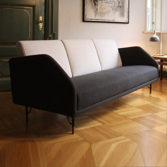 53 Sofa by House of Finn Juhl - Onecollection