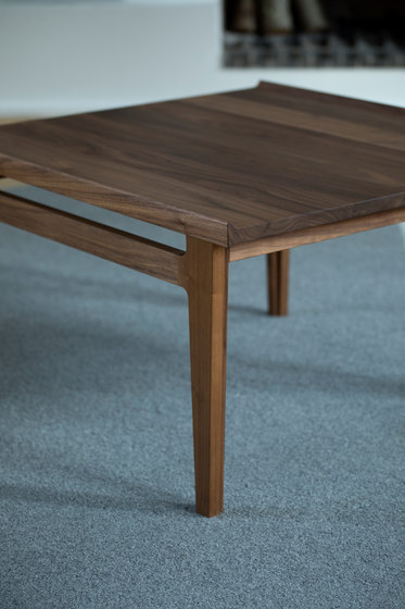 500 Table di House of Finn Juhl - Onecollection