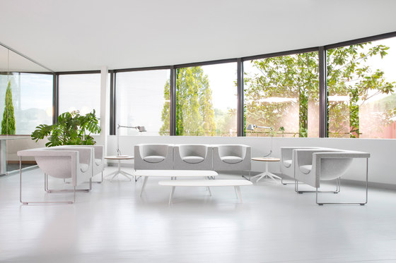 Solapa table von STUA