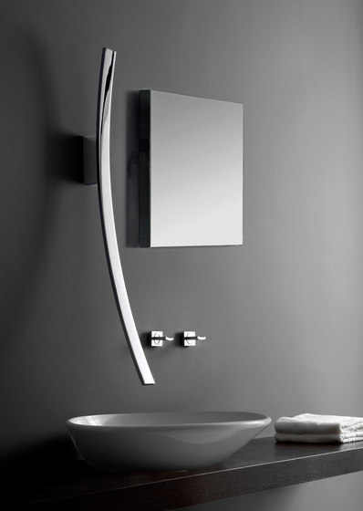 Luna - Wall-mounted hand shower - Set by Graff
