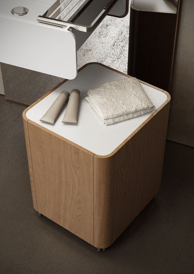 Beauty - Beauty cabinet stool with wheels by Olympia Ceramica