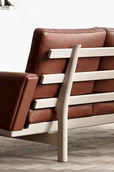 GE 236 3-Seater Couch by Getama Danmark