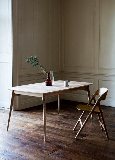 Narin Folding Chair de Case Furniture
