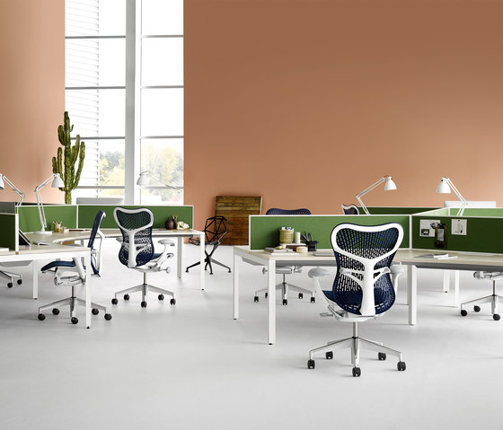 Mirra 2 Chair von Herman Miller