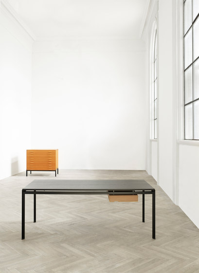 PK 52 Student desk by Carl Hansen & Søn