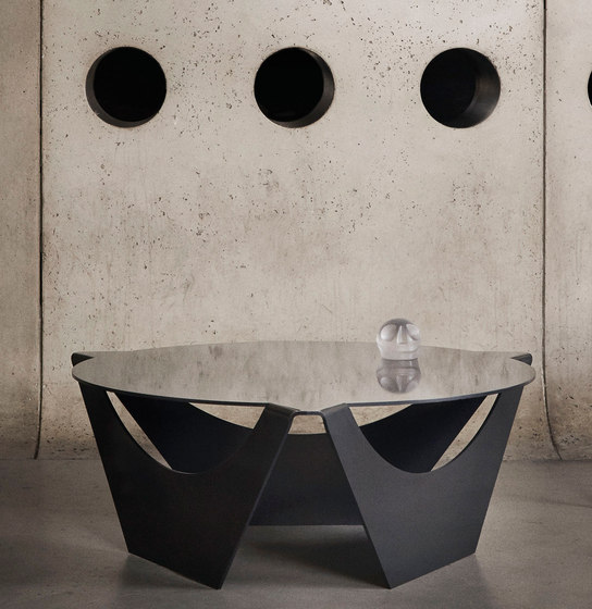 Nanagona Coffee Table by Luteca