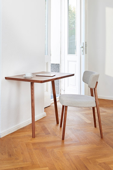 Marlon Dining Table by AXEL VEIT