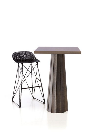 Container Table Bodhi With Linoak Top von moooi