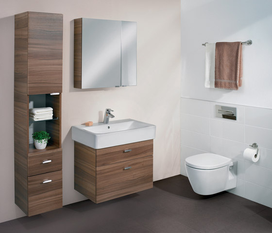 connect wandbidet unsichtbare befestigung bidets by ideal standard architonic. Black Bedroom Furniture Sets. Home Design Ideas