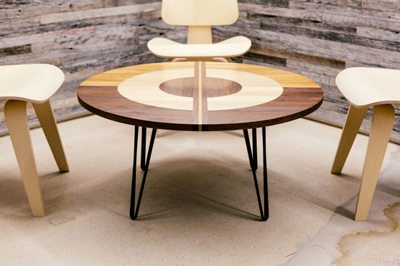The Concentric Table di Bellwether Furniture