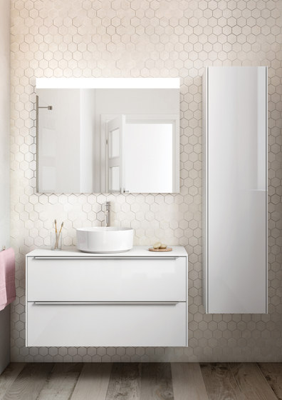 Inspira | In-Wash®  smart toilet by ROCA