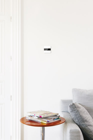 Deseo intelligent thermostat - satin white di Basalte