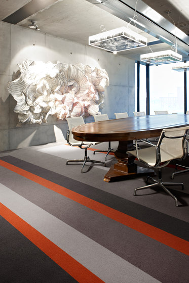 Asteranne Broadloom by Desso by Tarkett