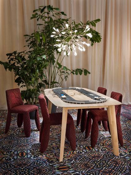 Dazzling Dalogues | broadloom by moooi carpets