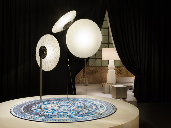 Delft Blue | Plate rug de moooi carpets