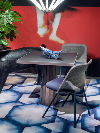 Denim Dipeye | grey by moooi carpets