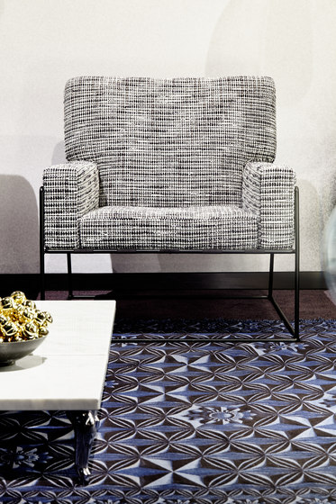 Jacquard Woven | Blueberry field rug by moooi carpets