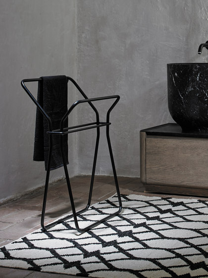 Origin Basket Stool di Inbani