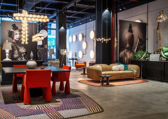 Magic Marker Carpets | Amoeba rug by moooi carpets