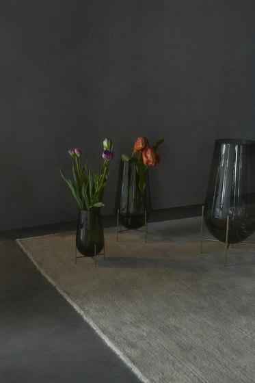 201 Chasse Vase Smoked Vases From Menu Architonic
