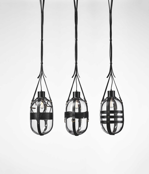TIED-UP ROMANCE pendant type B by Bomma