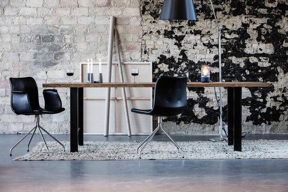 Primum Arm Chair black wheel base by Bent Hansen