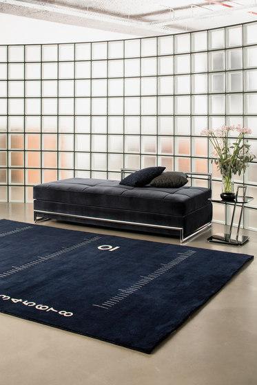 centimetre rug tapis tapis de designers de classicon architonic. Black Bedroom Furniture Sets. Home Design Ideas