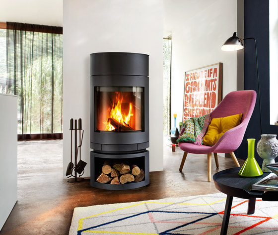 emotion s wood burning stoves from skantherm architonic. Black Bedroom Furniture Sets. Home Design Ideas