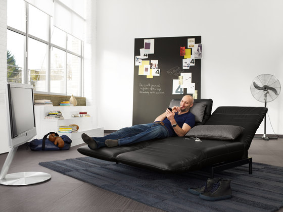 rolf benz plura reclining sofas from rolf benz architonic. Black Bedroom Furniture Sets. Home Design Ideas
