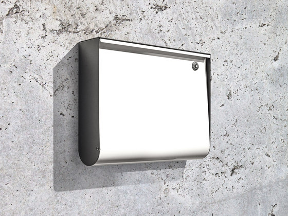 Letterbox | U-Box | steel by Serafini