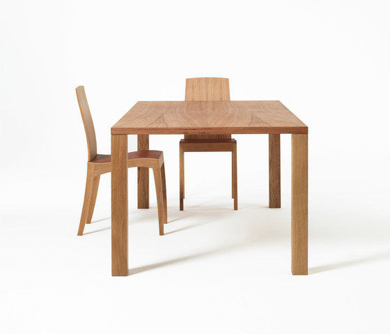 Finn tavolo di Sixay Furniture