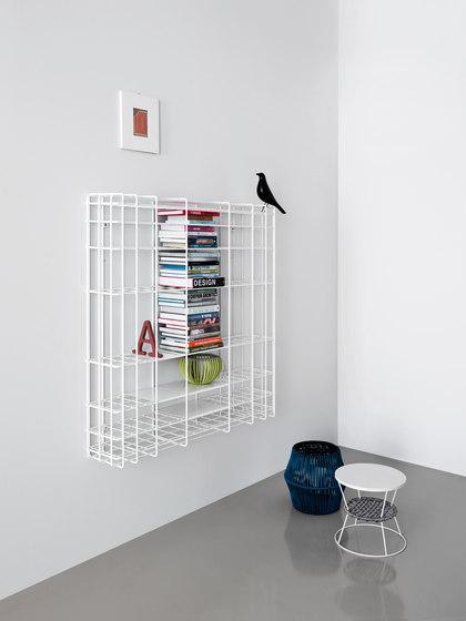 Leyva | bookcase | black de Saba Italia