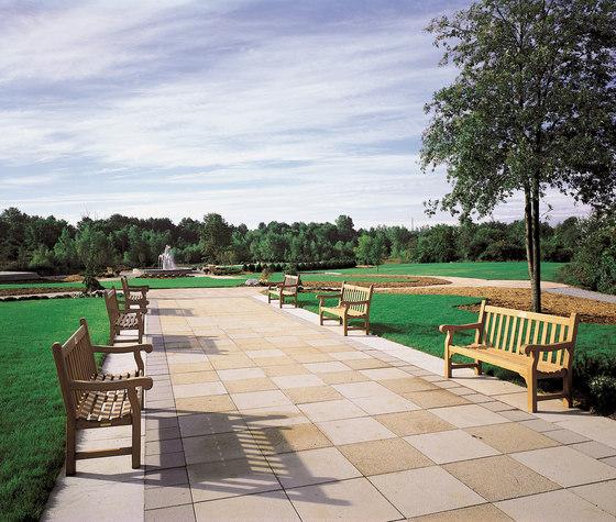 Hyde Park Garden Armchair de Kingsley Bate