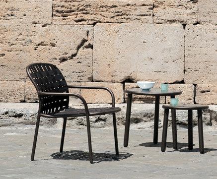 Yard Chaise de emuamericas