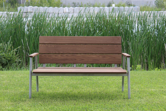 SHAW BENCH de Museum & Library Furniture