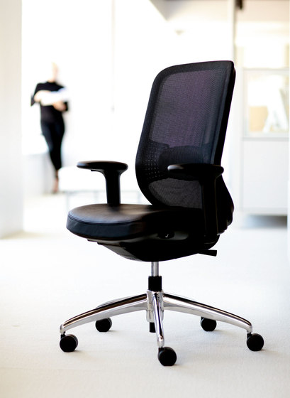 Projek Task Chair by Teknion