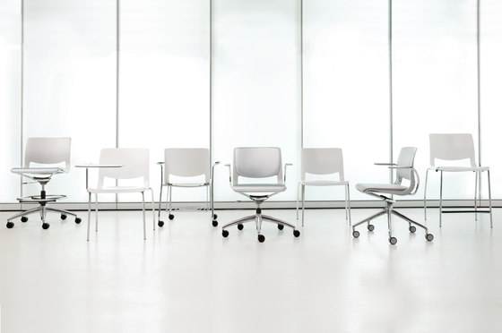 Variable Work Chair by Teknion