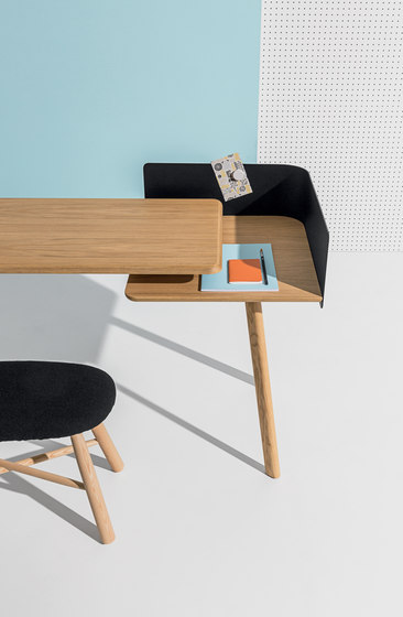 Cut Desk de Discipline