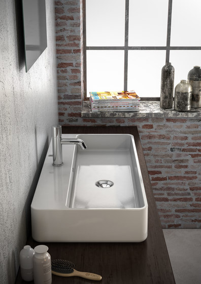 Tratto - One hole washbasin wall hung by Olympia Ceramica