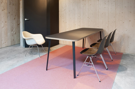 Canteen linoleum table de Faust Linoleum