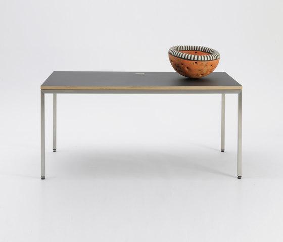 MT30 linoleum table de Faust Linoleum