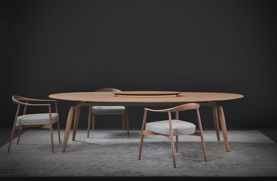 Tekton table by Flou