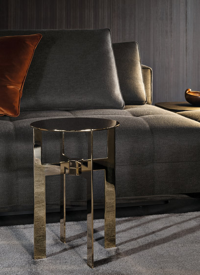 Ellis Coffee Table de Minotti
