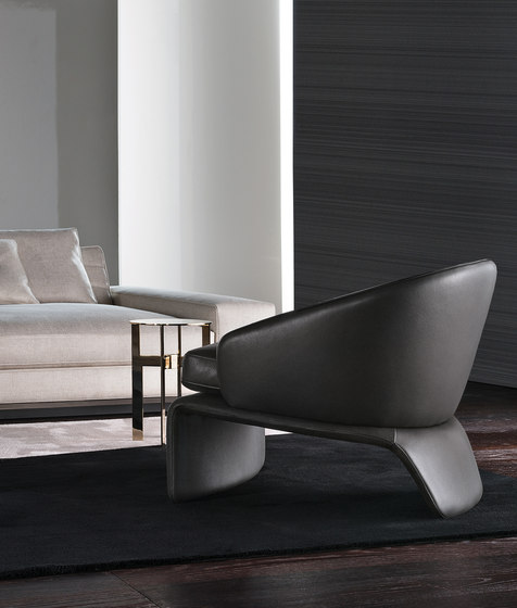 Halley Armchair with Ottoman de Minotti