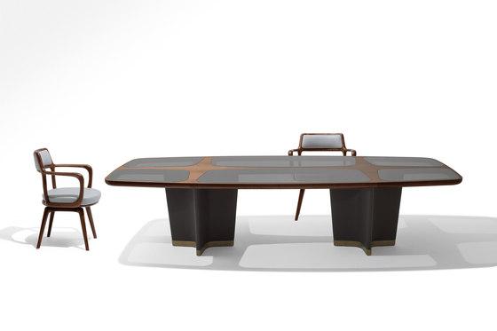 Bigwig Table by Giorgetti