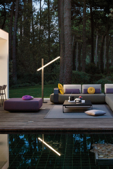 Twilight Floor Lamp 180 de Manutti
