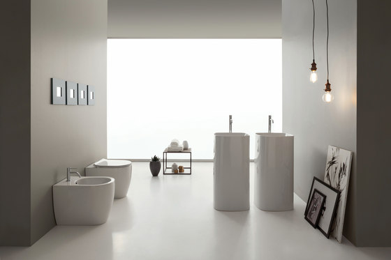 Moon by Scarabeo Ceramiche